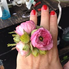 Yup that's a ring corsage. Wrist corsage out. Ring corsage in.