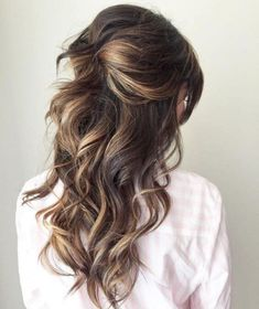 Perfect Half Up Half Down Wedding Hairstyles Trends no 145