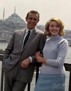 "James Bond ""From Russia with love"" ""Bon baiser de Russie"""