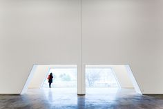 Paulo Mendes da Rocha · Ricardo Bak Gordon · National Coach Museum National Coach, Lisbon, Architects, Dining Table, Museum, Photography, Home Decor, Fotografia, Photograph