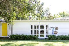 Bonnie Hindmarsh of Three Birds Renovations, has transformed her family's beach shack into an enviable holiday haven. Surf Shack, Beach Shack, Three Birds Renovations, Pearl Beach, Beach Design, Coastal Homes, Beach House Decor, Coastal Style, House Tours