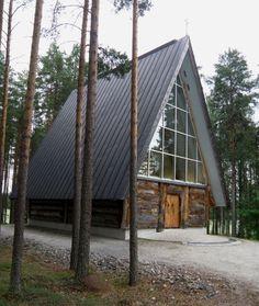 lieksa. Eva Ryynäsen ateljeealue - 'Paaterin kirkko' 24.7.2011 ('S&J').