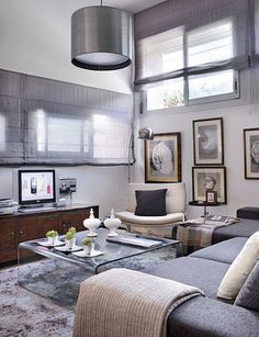 35 Small Living Room Designs With Taste - Home Decor & Design Modern Small Apartment Design, Small Living Room Design, Small Apartment Decorating, Apartment Interior Design, Small Living Rooms, Small Apartments, Living Room Designs, Design Room, Gray Interior