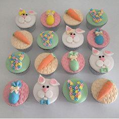 Teddy bears and sunshine class - Cupcakes Fondant Cupcakes, Easter Cupcakes, Fondant Toppers, Cute Cupcakes, Easter Cookies, Cupcake Cookies, Teddy Bear Cupcakes, Balloon Cupcakes, Valentine Cupcakes