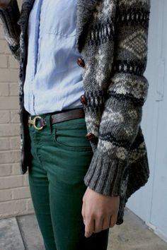 Love this color combo ! Hunter green skinnies, pale blue button up, and a thick, grey printed cardi