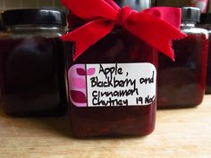 Good Food, Shared: Lorraine Pascale's Apple, Blackberry and Cinnamon Chutney - made this and its delicious Japanese Cheesecake, Raspberry Cheesecake, Blackberry Chutney, Christmas Hamper, Cauliflower Salad, Jam And Jelly, Chutney Recipes, Edible Gifts, Summer Fruit