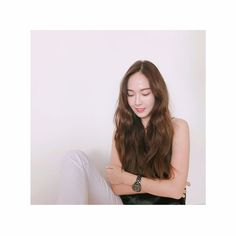 【jessica.syj】IG updated: Bonjour mademoiselle #mademademoiselleJ12 #J12 #chanelwatches