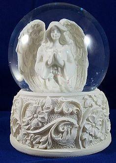snow globes on Pinterest | 89 Pins