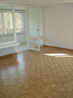 Zu vermieten in Aarau, an der General Guisan-Str. 60 in einer Wohnbaugenossensch. Tile Floor, Flooring, Home Decor, Kitchen Contemporary, Real Estates, Remodels, Decoration Home, Room Decor, Tile Flooring