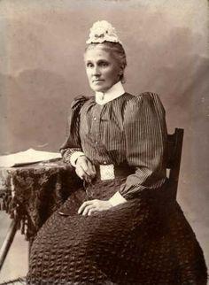 Christine's Late Victorian Fashions