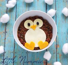 cozy winter dinner: chili penguin #littlenummies