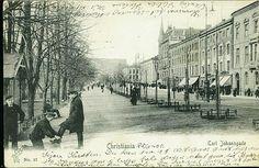 Christiania Kristiania  CARL JOHANSGADE. Uvanlig eldre kort med bl.a. skopusser Utg P. Alstrup, postgått 1905