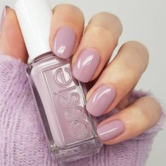 """Sara su Instagram: """"happy friday🥳 here's a look at {throw it on} from the @essie expressie line🌸 this one is now available in Europe since only being available…"""" Happy Friday, Essie, Nail Polish, Europe, Nails, Beauty, Instagram, Finger Nails, Ongles"""
