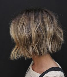 One of the most coveted cuts of the season -- this ultra-short ear length bob variation of Anh Co Tran's signature soft undercut. Graduated Bob Haircuts, Wavy Bob Haircuts, Blonde Bob Haircut, Asymmetrical Bob Haircuts, Short Hairstyles For Thick Hair, Curly Bob Hairstyles, Short Hair Styles, Bob Haircut For Fine Hair, Wave Hairstyles