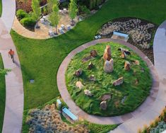 The Hewit Foundation Healing Garden at Littleton Adventist Hospital is visible from many of the rooms and offices. Plans Architecture, Landscape Architecture, Landscape Design, Design Thinking, Hospital S, Sacred Garden, Sensory Garden, Love Garden, Garden Pictures