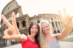Friends on Holidays in Colosseum, Rome http://www.travelhouseuk.co.uk/news/destinations/best-places-to-go-with-friends-on-your-graduation-trip.htm