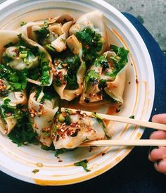 Eating these Kung Fu Panda style New York City Vacation, New York Travel, Asian Recipes, Mexican Food Recipes, Ethnic Recipes, Cheap Eats Nyc, Ny Food, Best Food Nyc, Best Dumplings