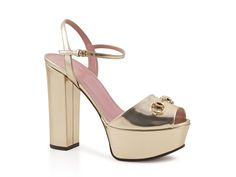 Gucci gold patent leather sandals with platform shoes - Italian Boutique €417