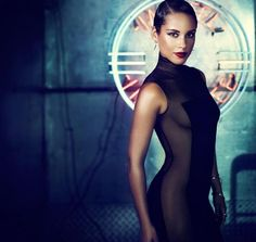 Alicia Keys - talented, spectacular.