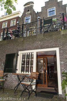 **aan de werf Utrecht. I studies there and have seen those gracht huisjes.