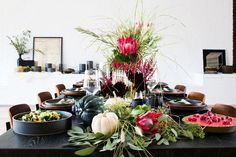 Design Experts Share Their Top Tips for a Stress-Free Thanksgiving via @MyDomaine