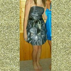 Homecoming dress My Closet Rules: No Holds or Trades Same Day or Next Day Shipping All Items are in Gently Used Condition Unless Stated Otherwise Size 7 but fits like a size 4 Dresses