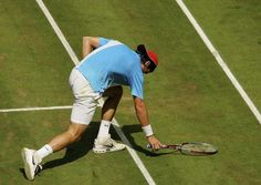 Slamming your racket feels so wrong yet so right. | 21 Things Tennis Players Know To Be True