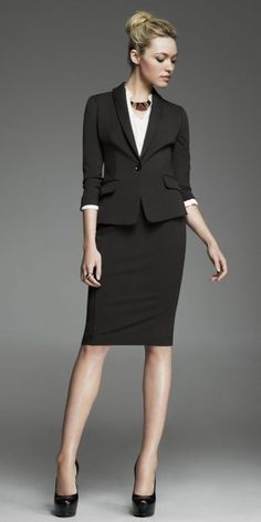 Lyons Koebel could so this! with green or yellow blouses. hmmm Women's Suit Shop: Find Fashion Suits at Express Business Outfits, Business Attire, Office Outfits, Business Fashion, Business Formal, Office Fashion, Work Fashion, Suits For Women, Clothes For Women