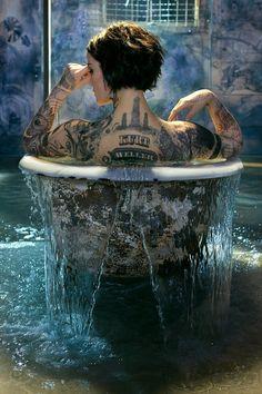 The new blindspot promos by Jaimie Alexander show their extensive tattoos . Tattoo Girls, Girl Tattoos, Woman Tattoos, Jaimie Alexander, Jaime Alexander Hair, King Alexander, Sexy Tattoos, Body Art Tattoos, Tattos