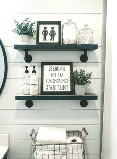 Dollar Store Organizing - Bathroom Organization Ideas On A Budget - Bathroom Organization Hacks & Cheap DIY Bathroom Sto Black And White Tiles Bathroom, Warm Home Decor, Style Retro, Bathroom Interior Design, Bathroom Organization, Beautiful Bathrooms, Small Bathroom, Bathroom Ideas, Dollar Stores