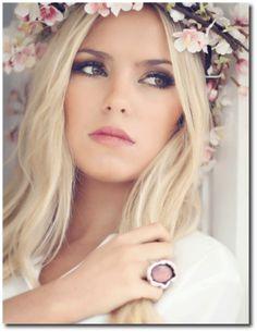 Fotos, cores e combinações ideais de maquiagem para noivas loiras! Dicas imperdíveis para quem vai casar e quer a make certa no grande dia!