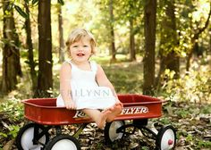 Thanks to Ingrid and the borrowed wagon, this will be in Evie's 18 month shoot :)