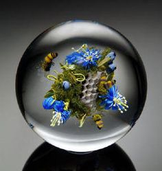 Beautiful glass art Paul Stankard