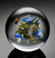 Beautiful glass art Paul Stankard