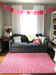 fringe tissue paper garland - decoration idea for all that tissue paper!
