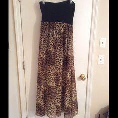 Long maxi dress Long maxi dress cheetah print bottom black top. The bottom is loose fitting worn 1x Dresses Maxi