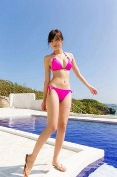 Hinako Sano (Japanese actress, pinup model)