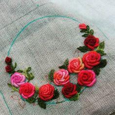 #Embroidery#stitch#needlework#bullion rose stitch #프랑스자수#일산프랑스자수#자수타그램#자수#블리언로즈 #따뜻하다~ko 님의  블리언로즈~