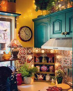 Home Interior Boho .Home Interior Boho Bohemian House, Bohemian Decor, Boho Chic, Boho Style, Bohemian Living, Boho Kitchen, Hippie Kitchen, Mexican Kitchen Decor, Mexican Home Decor