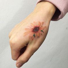 sunflower  해바라기  #sunflowertattoo #flowertattoo #tattoo #ink #hongdam…