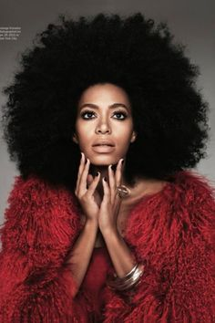 Solange is rocking the Afro. Solange Knowles, Big Chop, Instant Beauté, Curly Hair Styles, Natural Hair Styles, Natural Curls, Natural Skin, My Black Is Beautiful, Hello Beautiful