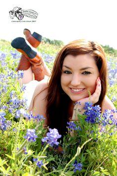 Bluebonnet Portraits by Simone Epiphany Photography in Austin Texas