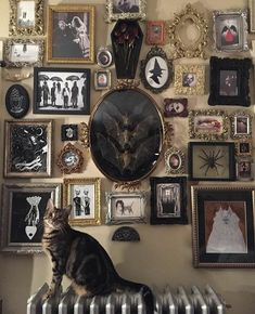 Dangerous Furniture For Witchy Apartment Decorating 24 What is Decoration? Decoration could be the art of decorating the inner and … Goth Home Decor, Cheap Home Decor, Gypsy Decor, Home Sweet Hell, Deco Baroque, Interior Design Pictures, Interior Colors, Gothic House, Victorian Gothic Decor