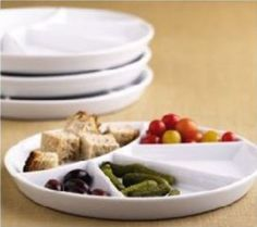 BIA Cordon Belu Set of 4 fondue plates Fondue, Divided Plates, Ceramic Plates, Different Recipes, Serveware, Dog Bowls, Kids Meals, Dishes, This Or That Questions