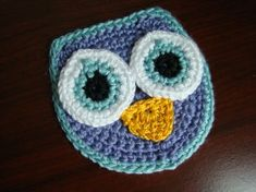 Easy Owl Appliqué! So cute fun for bags, Hats, blankets, it is made from light 3 size yarn. It measures about 4� across.