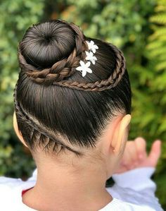 Hairstyle 、Braided Hairstyle、Children、Kids、For School、Little Girls、Children's Hairstyles、For Long Hair、Cute Child、Child Photography Childrens Hairstyles, Kids Braided Hairstyles, Cute Hairstyles, Kids Hairstyle, Hairstyle Ideas, Little Girl Hairdos, Gymnastics Hair, Baby Girl Hair, Natural Hair Styles
