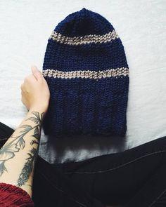Dziś będzie spam 😂😂🍁🍂❤😍 #hat #handmadehat #marthastewartloom #knitloom #knit #knitting #handmade #rekodzieło #handmadeinpoland #craftart #craft #karolahandmade #yarn #yarnporn #nowerzeczy #inprogress #wip #workworkwork #uczesie #simplestitch #stitch #obreczdziewiarska #czapka #lovehandmade