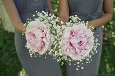 #fleurdecor bridesmaid bouquets of a large peony bloom with baby's breath. Image by Shalynne Photography