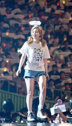 Legit an actual angel Nayeon, Kpop Girl Groups, Korean Girl Groups, Kpop Girls, J Pop, Ulzzang, Twice Once, Twice Dahyun, Twice Kpop