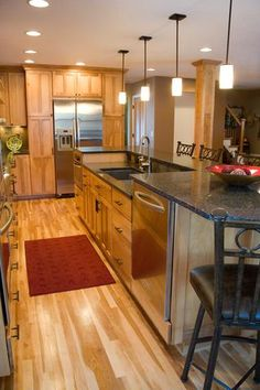 Love the elevated dishwasher pub level counter Kitchen On A Budget, Diy Kitchen, Kitchen Dining, Kitchen Cabinetry, Kitchen Flooring, Cabinets, Raised Kitchen Island, Pictures Of Kitchen Islands, Kitchen And Bath Design